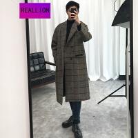 2018新品冬季韩版情侣毛呢大衣男士中长款落肩格子呢大衣学生宽松过膝风衣