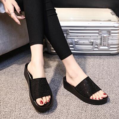 拖鞋女时尚夏季新款平底水钻休闲外穿一字拖厚底沙滩凉鞋