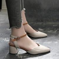 尖头凉鞋女中跟2019新款夏季女鞋软皮粗跟仙女风一字扣带包头凉鞋