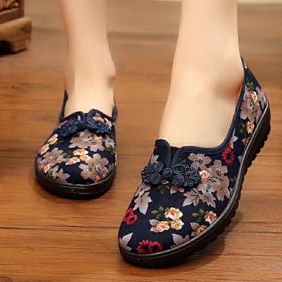 老北京布鞋女单鞋防滑软底透气大码平底休闲绣花妈妈中老年奶奶鞋