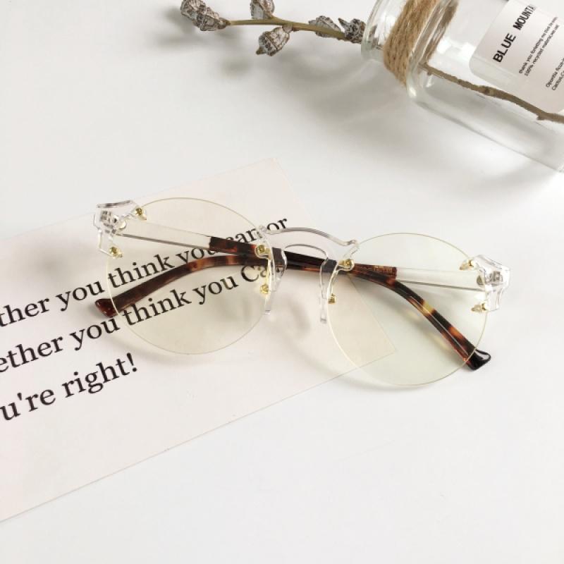 2017新款海洋镜片男女个性太阳镜王子文同款透明圆镜框平光镜墨镜 发货周期:一般在付款后2-90天左右发货,具体发货时间请以与客服协商的时间为准