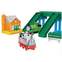 美高积木拼插玩具 托马斯和朋友 小火车在沃特顿10556