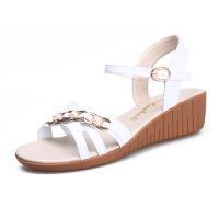 大东同款同款女士中年夏季40-50岁妈妈凉鞋女软底平底坡跟牛筋底大码