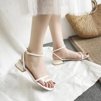 夏季新款2019潮女凉鞋时尚韩版小仙女风中跟凉鞋粗跟露趾一字扣带
