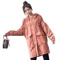 2018秋季新款连帽减龄外套大码女装胖MM中长款200斤宽松百搭风衣