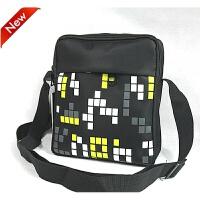 新款时尚单肩包斜挎包运动包时尚手机包男式包小挎包休闲