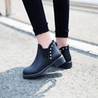 欧美秋冬短靴女粗跟圆头马丁靴复古学生切尔西靴学生短筒单靴裸靴 加绒