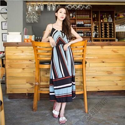 2018波西米亚雪纺连衣裙收腰V领吊带裙撞色条纹度假沙滩长裙 发货周期:一般在付款后2-90天左右发货,具体发货时间请以与客服协商的时间为准
