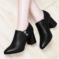 粗跟短靴女秋冬新款中跟粗跟圆头女单靴加绒马丁靴休闲防滑妈妈靴 黑色