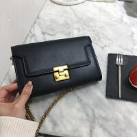 手拿包2018新款女包斜跨包女韩版小方包链条包单肩小包信封包 黑色 预售