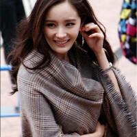 大披肩围巾两用女秋冬季格子英伦长款加厚仿羊绒保暖披风围脖冬天
