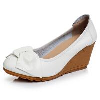 新品女鞋春秋女单鞋妈妈鞋舒适防滑坡跟牛筋软底蝴蝶结工作鞋 白色 7厘米
