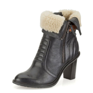Clarks/其乐女鞋2017秋冬新款真皮机车休闲短靴Lisette Blues专柜正品直邮