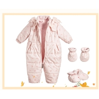 婴儿羽绒连体衣0-3个月宝宝外出羽绒服