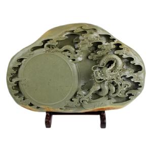 梁成劲作品 《青龙腾飞》砚 绿端全手工精雕 精品收藏