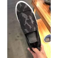 Prada 灰色迷彩一脚蹬男士休闲鞋