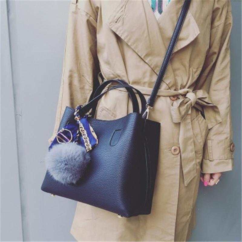 茉蒂菲莉 子母包 包包女新款潮韩版毛球百搭手提包春季水桶包单肩包女斜挎包 子母包 水桶包