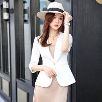 白色小西装外套女薄款夏2021春秋新款休闲短款小个子西服面试职业装工作服连衣裙