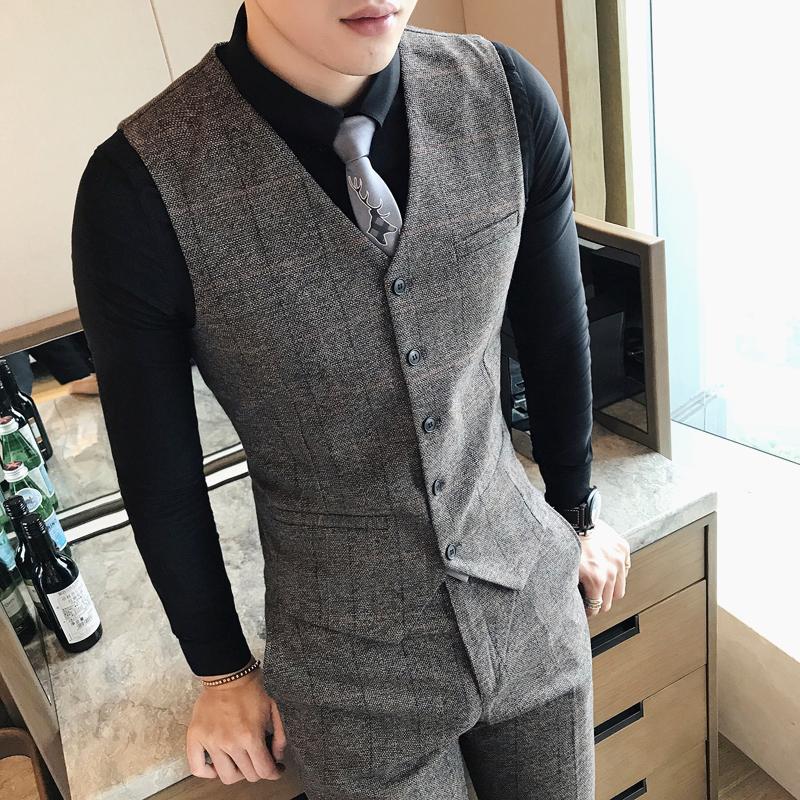 秋季男士潮流格子马甲两件套装韩版修身青年男式休闲马甲裤子 一般在付款后3-90天左右发货,具体发货时间请以与客服协商的时间为准