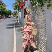 舒适好看!时尚新品不一样的闺蜜装裙子2019新款吊带蛋糕裙连衣裙女红色波点裙姐妹装青春靓丽