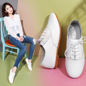 ZHR2018春季新款英伦风单鞋女布洛克小白鞋粗跟平底皮鞋百搭女鞋A22
