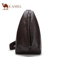 Camel骆驼男士 小胸包运动休闲牛皮包包男单肩斜挎包时尚男包