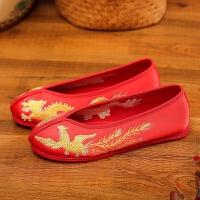 老北京手工新娘绣花婚鞋红色秀禾鞋子千层底中式结婚平底跟布鞋女