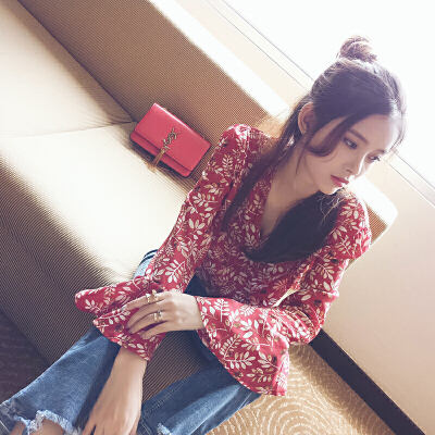 谜秀碎花雪纺衫女长袖2017秋装新款女装红色喇叭袖夏装衬衫上衣潮显肤白 显气质