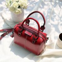 包包女新款潮韩版百搭斜挎枕头包女包小包手提单肩包波士顿包 红色 实物偏暗点