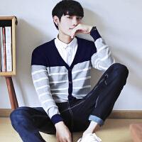 秋季韩版男装男士休闲修身V领毛衣学生针织开衫潮男条纹薄款线衣