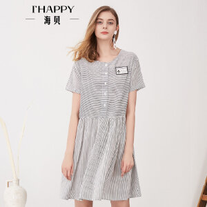 海贝夏季新款女装 甜美可爱圆领短袖高腰褶皱条纹徽章连衣裙