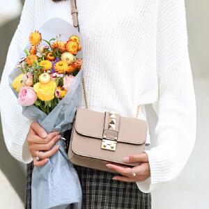 toutou2017新款单肩女包韩版百搭时尚个性铆钉小方包单肩斜挎小包包潮