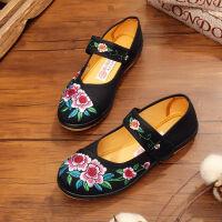 老北京布鞋女春夏秋季平底单鞋妈妈鞋软底绣花鞋民族风跳舞舞蹈鞋