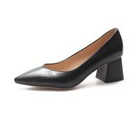 皮鞋女鞋2019新款秋季欧美中跟单鞋百搭粗跟尖头V浅口工作高跟鞋