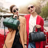 【支持礼品卡】LANVERA2018新款女包 欧美波士顿真皮单肩手提包包头层牛皮枕头包 L2025
