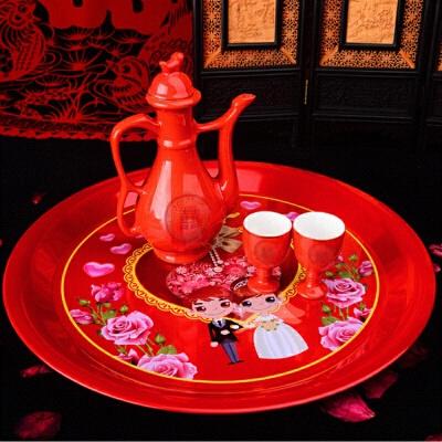 结婚陶瓷小酒杯 酒壶酒具套装 红色双喜敬酒对杯婚庆交杯小号酒盅 发货周期:一般在付款后2-90天左右发货,具体发货时间请以与客服协商的时间为准