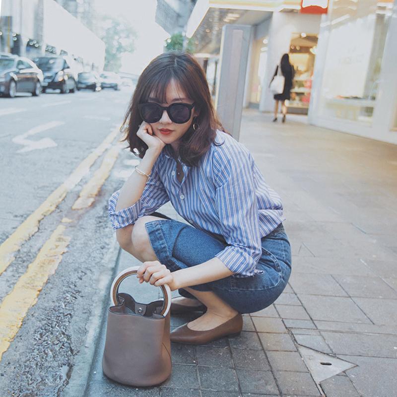 娇小女装港味复古衬衫上衣配裙子chic两件套装时尚潮2018新品 蓝色条纹衬衫+牛仔包臀半身裙 发货周期:一般在付款后2-90天左右发货,具体发货时间请以与客服协商的时间为准