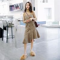 七格格背带连衣裙女新款冬季韩版a字不规则格子拼接无袖裙子