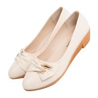 春秋新款妈妈鞋单鞋女女士鞋中老年软底舒适女鞋子