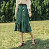 【2件2折 �B券�A估�r144元】茵曼半身裙中�L款女高腰�@瘦2021年春季新款不��t荷�~�a字裙子【F1811530】
