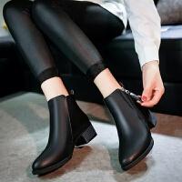 2019秋冬新款中跟尖头女鞋短靴百搭女靴子英伦马丁靴保暖棉靴裸靴