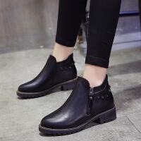 春秋季短靴女靴子中跟粗跟圆头马丁靴女铆钉平底单靴学生复古英伦 黑色 单靴
