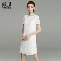 颜域品牌女装2017夏季新款简约短袖直筒圆领拼接镂空蕾丝连衣裙女