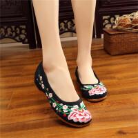 刺绣单鞋女中式复古民族风春夏季新款老北京布鞋女绣花鞋低跟日常休闲鞋舞蹈鞋平底妈妈鞋
