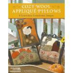 【预订】Cozy Wool Applique Pillows