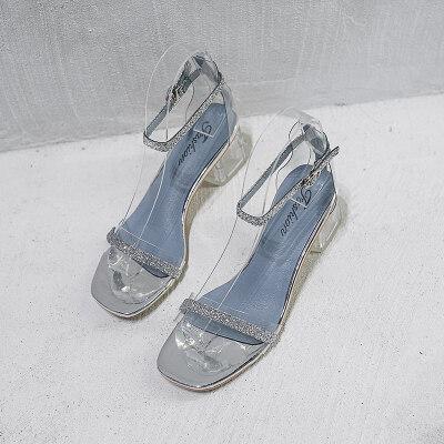 罗马凉鞋女夏2019新款水钻透明仙女风一字扣带高跟鞋女粗跟晚晚鞋 银 色