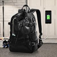 双肩包男韩版学生书包2018新款百搭休闲旅行包时尚潮流男士背包皮 黑色 (USB+耳机孔)