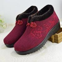 冬季奶奶加厚棉靴女中老年加绒舒适保暖妈妈短靴绣花休闲老人棉鞋