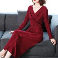 №【2019新款】冬天穿的针织连衣裙女冬装名媛气质红色礼服裙V领秋打底裙子