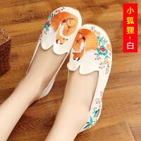 老北京布鞋民族风夏女绣花鞋坡跟广场舞蹈鞋演出汉服鞋内增高单鞋wft